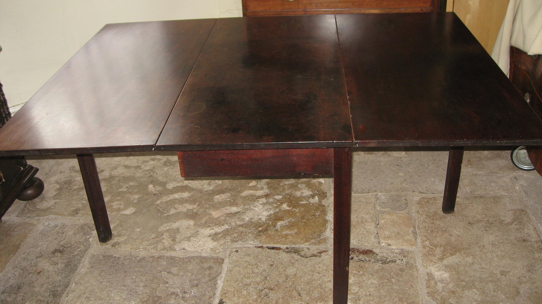 Georgian drop leaf dining table rod naylors antique for Antique drop leaf dining table