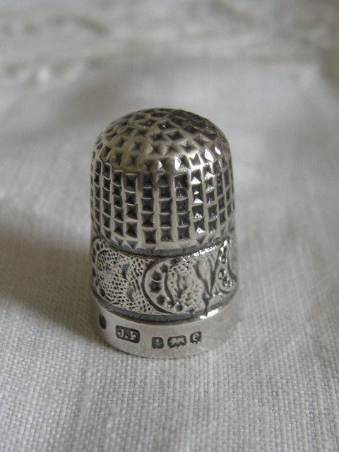Antique silver thimble James Fenton