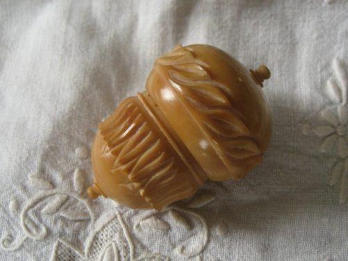 Antique tagua nut thimble holder
